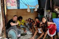 2016-01-29-Slums in Manila-03