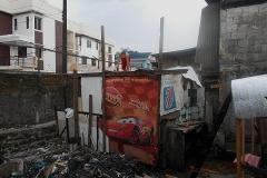 2016-01-29-Slums in Manila-12