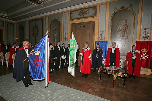 St. John Investitur Chateau Bela-221