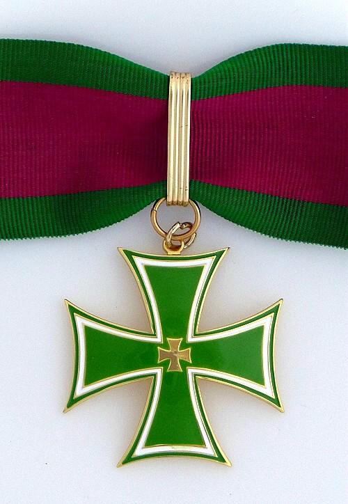 1c Cross of Merit Commander 500