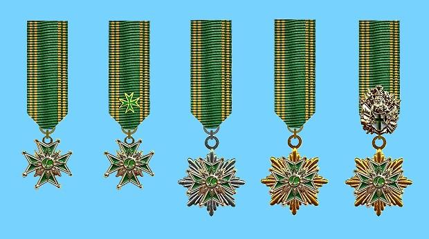 Miniaturenreihe-LU-Kreuz-HG-grün-620[1]