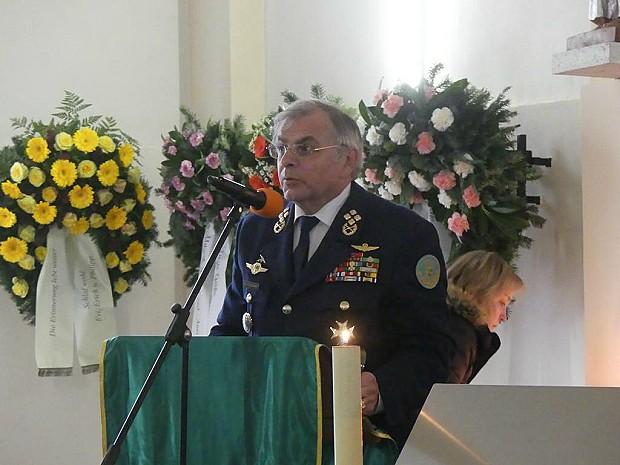2016-11-16-begraebnis-steinmetz-47
